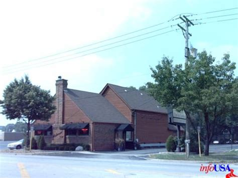 Road Tips: Valley Lodge Restaurant - Glenview, IL