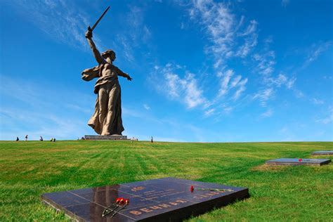 Top WWII memorable places in Russia which make great