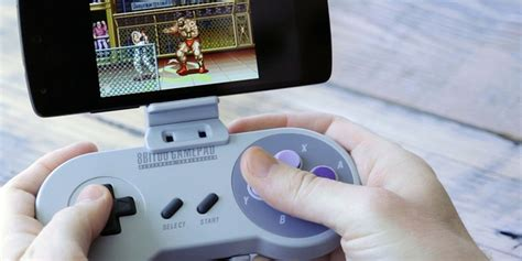 The smartphone SNES controller lets you play retro games