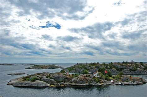 Helicopter ride over fjords and islands Kristiansand